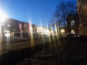 Blick auf die Oper kurz vor der Pegidademo am 23.02.