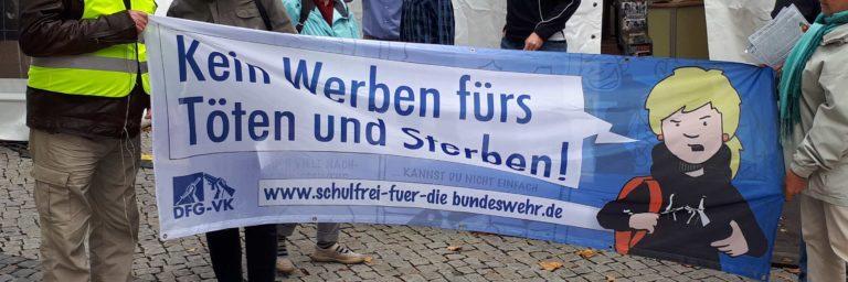 Protest gegen Bundeswehr auf der 'Langen Nacht der Berufe' in Hannover